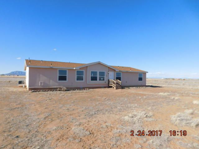 29 Desert Lily Road, Moriarty, NM 87035