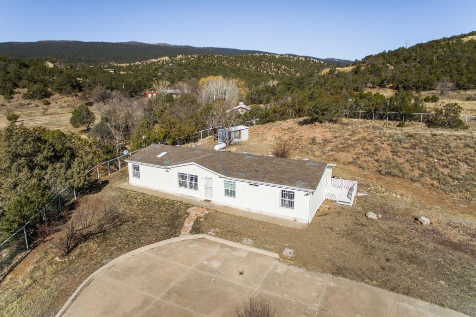 15 N Zamora Road, Tijeras, NM 87059