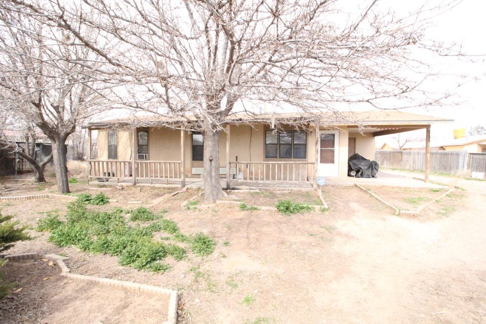 5735 Don Pasquale Drive SW, Albuquerque, NM 87121