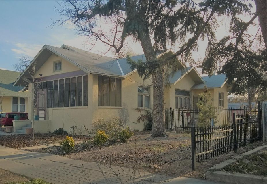 410 12th Street NW, Albuquerque, NM 87102