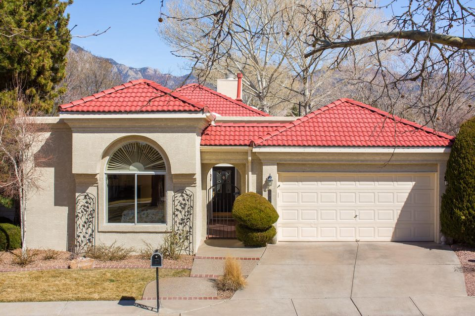 11744 Sky Valley Way NE, Albuquerque, NM 87111