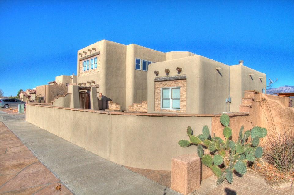 4031 Bryan Avenue NW, Albuquerque, NM 87114