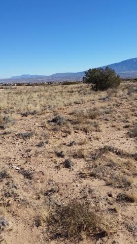 Hobart NE, Rio Rancho, NM 87144