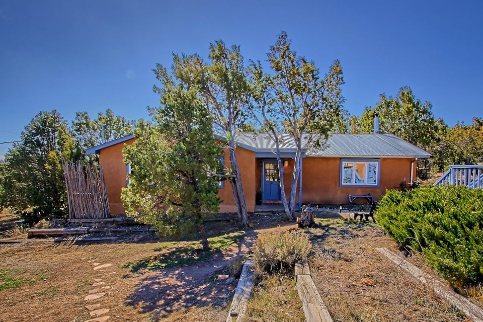 4 Morper Road, Edgewood, NM 87015