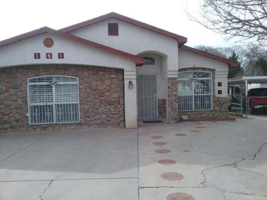 161 Calle Don Santiago NE, Los Lunas, NM 87031