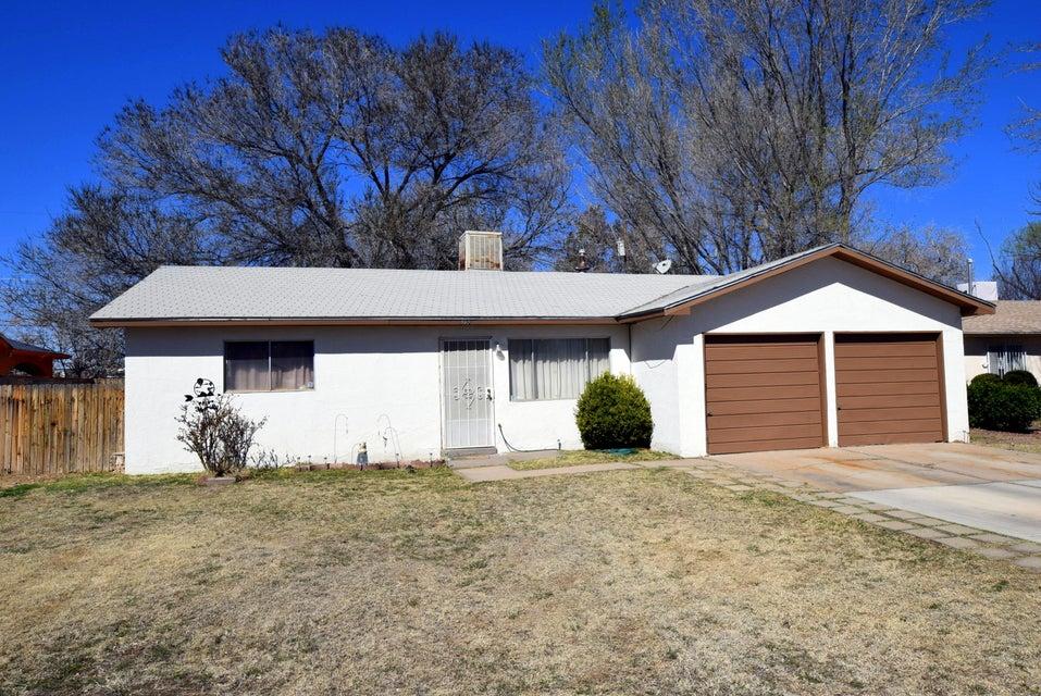 313 La Media Road SW, Albuquerque, NM 87105