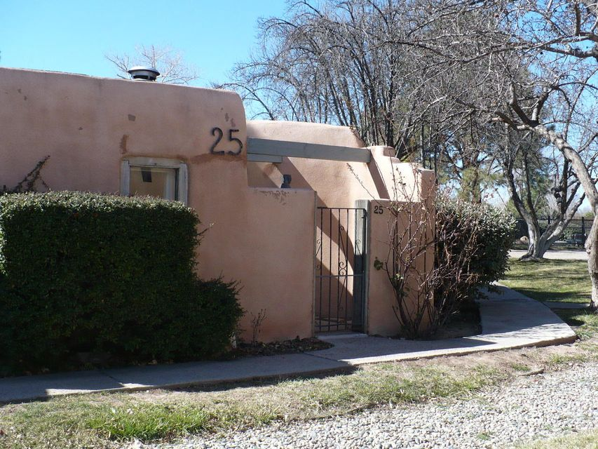 3939 Rio Grande Boulevard NW UNIT 25, Albuquerque, NM 87107