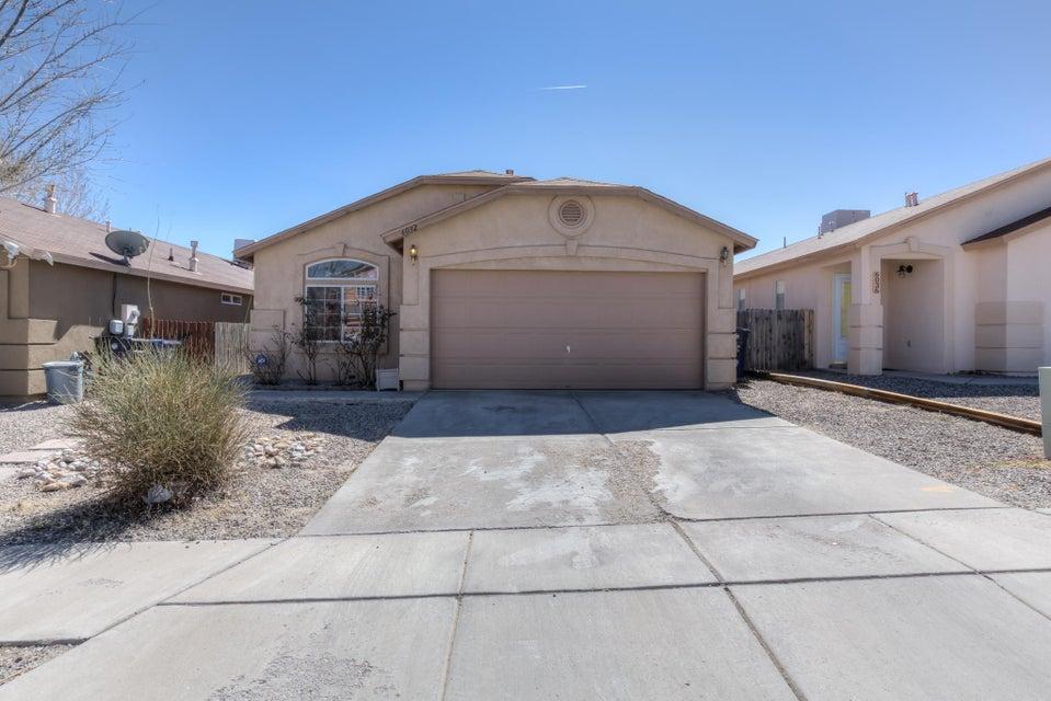 6032 Stargazer Avenue NW, Albuquerque, NM 87114