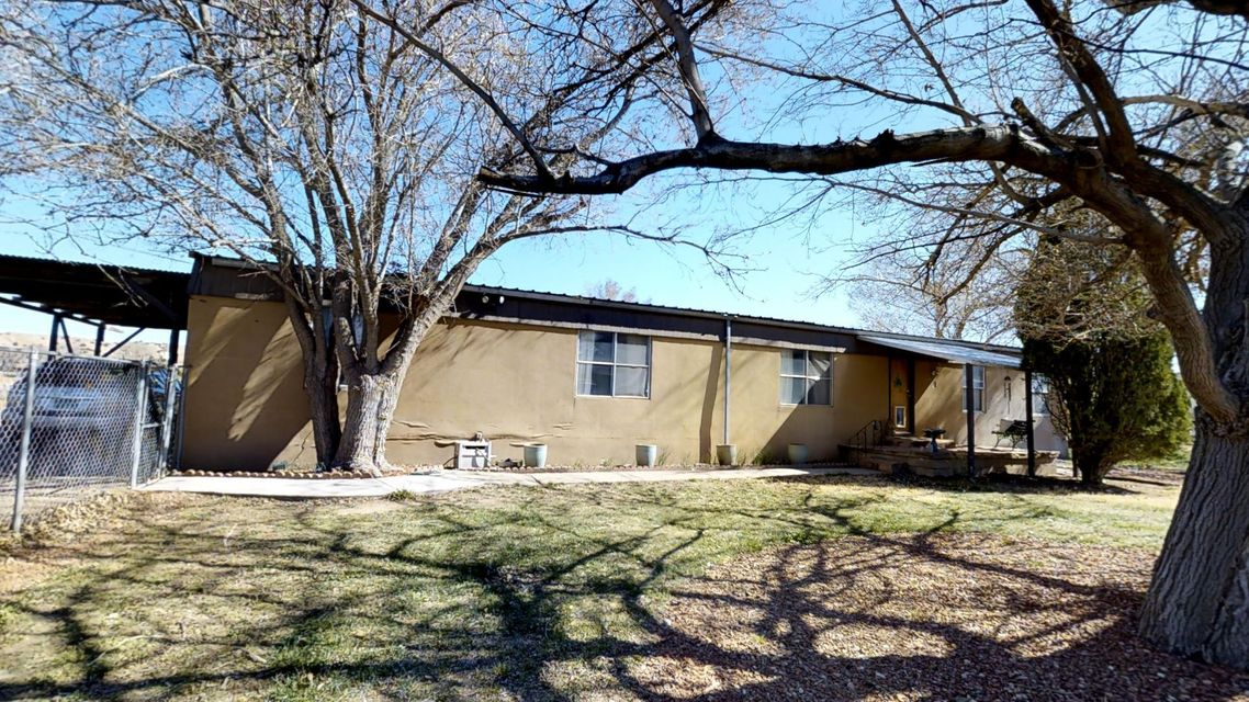904 N Highway 313, Bernalillo, NM 87004