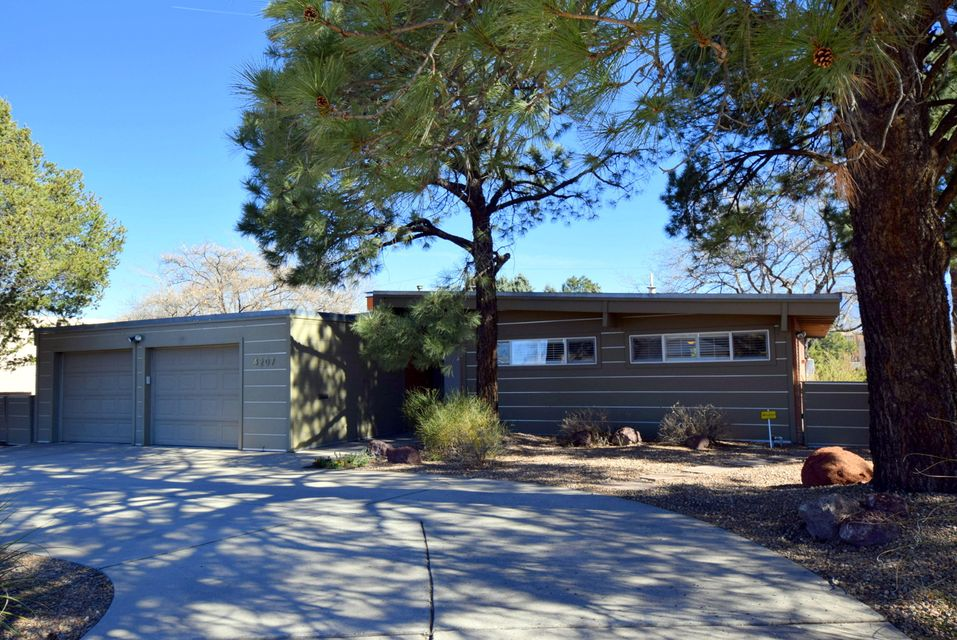 4207 Coe Drive NE, Albuquerque, NM 87110