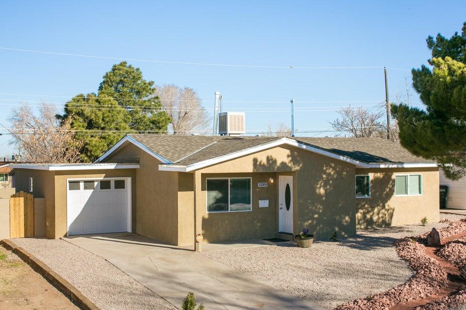 11309 Hannett Avenue NE, Albuquerque, NM 87112