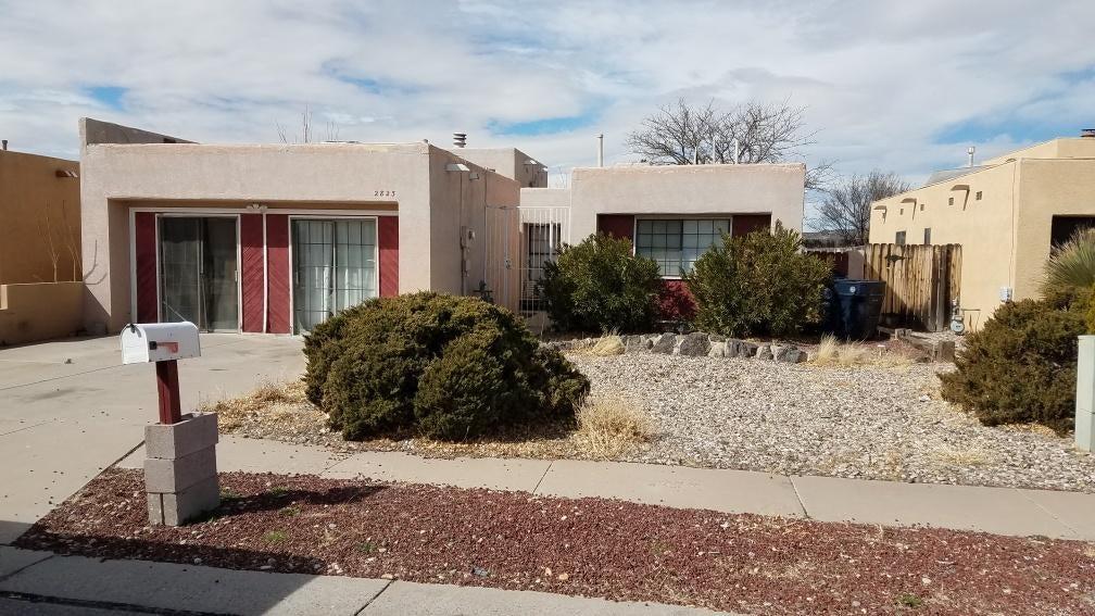 2823 Prenda De Oro NW, Albuquerque, NM 87120