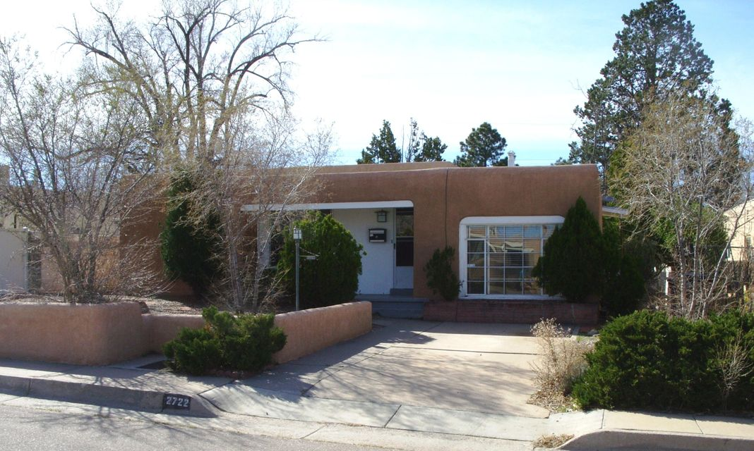 2722 BURTON Avenue SE, Albuquerque, NM 87106
