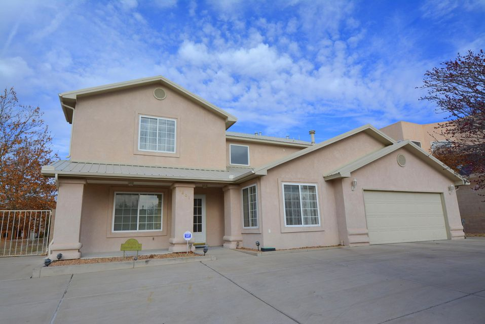 9801 Clearwater Street NW, Albuquerque, NM 87114
