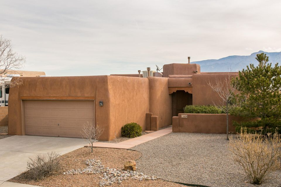 1424 Tiffany Lane SE, Rio Rancho, NM 87124