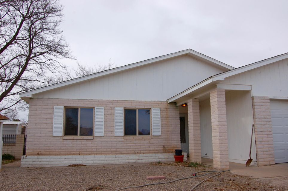 535 Montego Drive SE, Rio Rancho, NM 87124