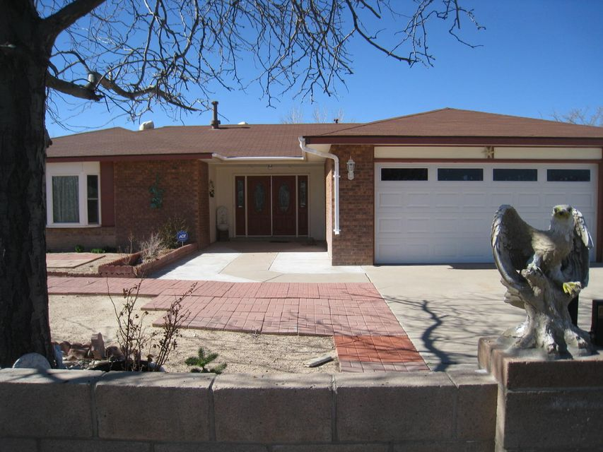 2208 Black Hills Road SE, Rio Rancho, NM 87124