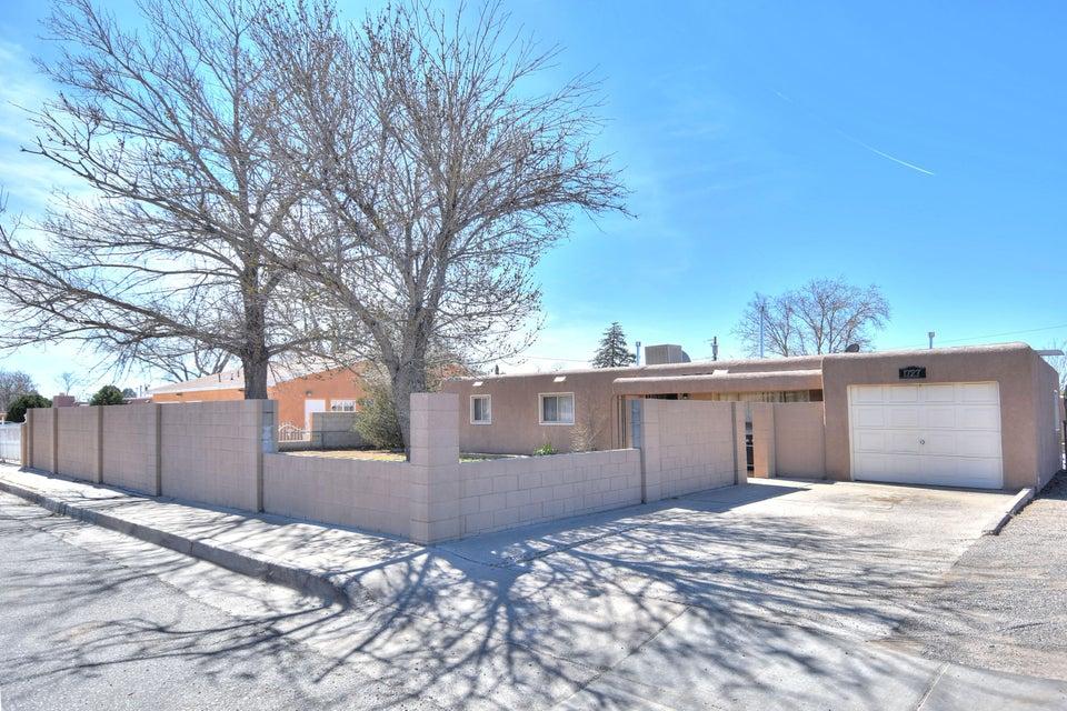 1727 Wyoming Boulevard NE, Albuquerque, NM 87112