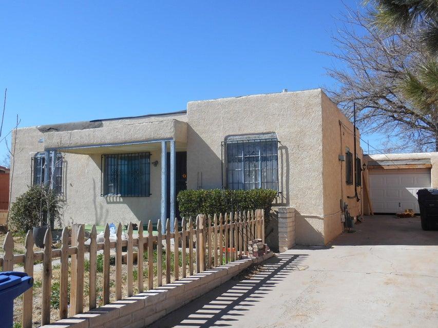 307 57Th Street SW, Albuquerque, NM 87121