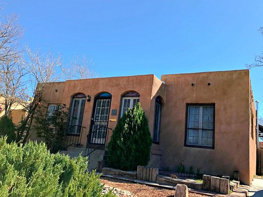 2002 Silver Avenue SE, Albuquerque, NM 87106
