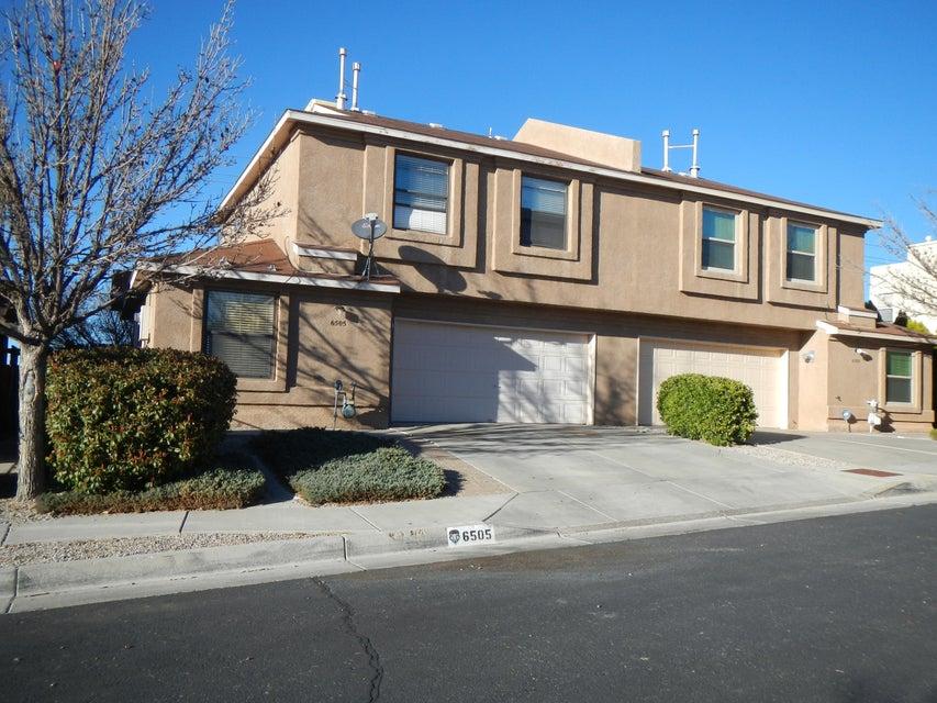 6505 La Habra Lane NE, Albuquerque, NM 87113