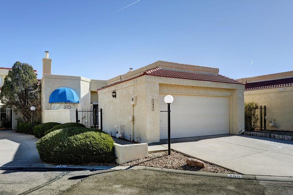 580 EASTLAKE Drive SE, Rio Rancho, NM 87124