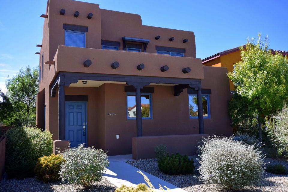 5735 Witkin Street SE, Albuquerque, NM 87105