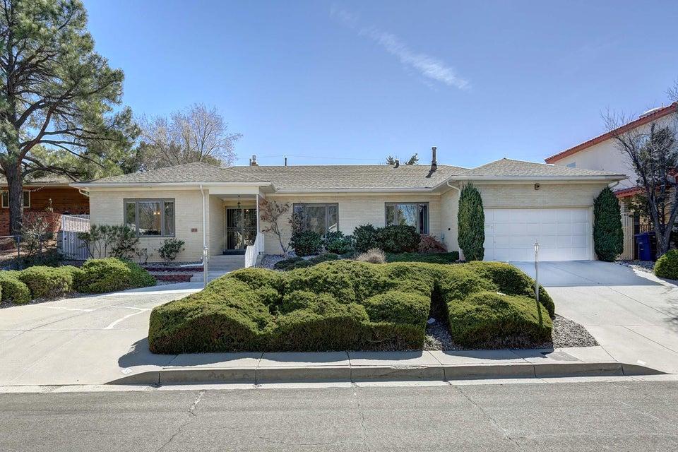 4816 Sunningdale Avenue NE, Albuquerque, NM 87110