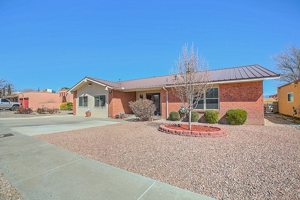 6716 Rustler Road NW, Albuquerque, NM 87120