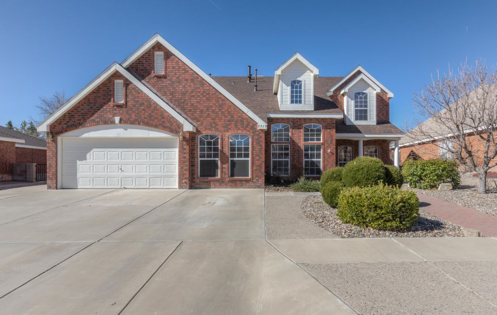 8719 Springhill Drive NW, Albuquerque, NM 87114