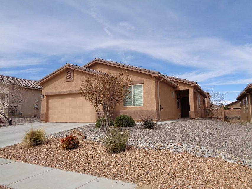 8323 Mock Heather Road NW, Albuquerque, NM 87120