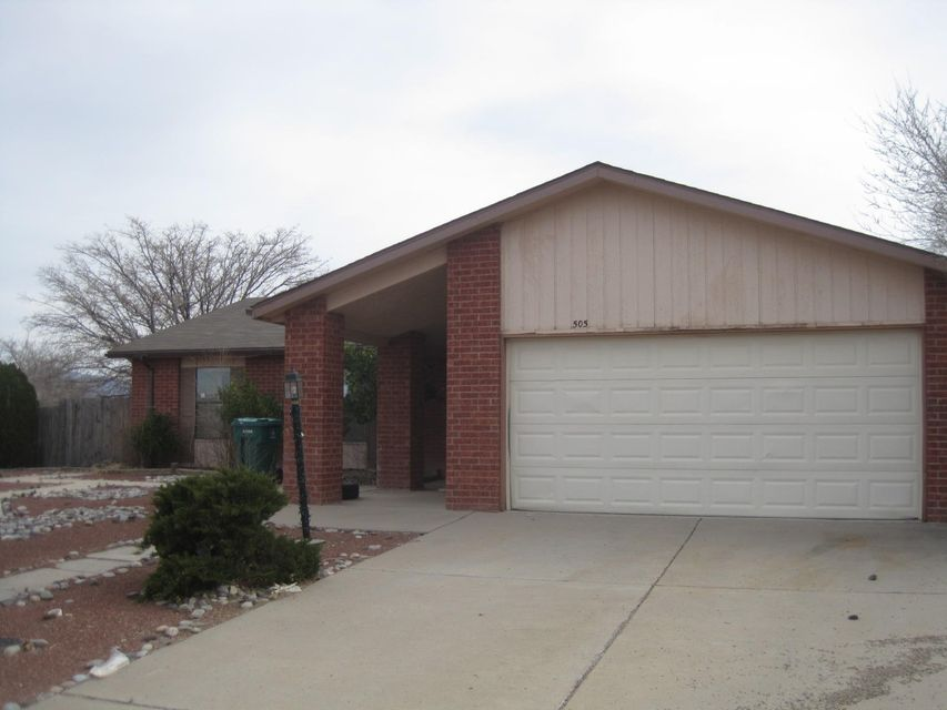 505 Longwood Loop NE, Rio Rancho, NM 87124