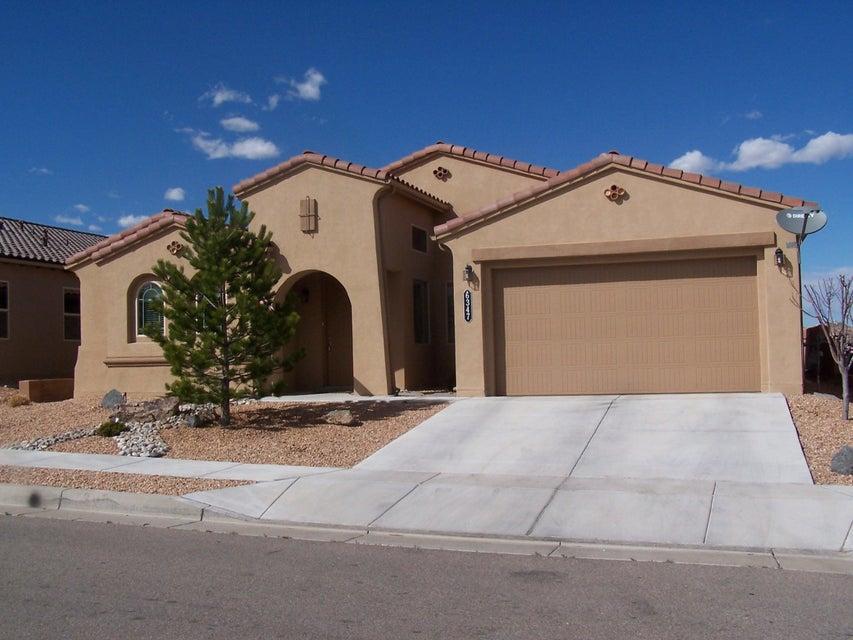 6347 Camino De Paz Road NW, Albuquerque, NM 87120