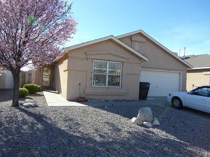 527 Manistee Street SE, Albuquerque, NM 87123