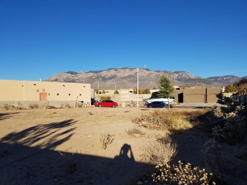 8219 GRAPE HARVEST Court NE, Albuquerque, NM 87122