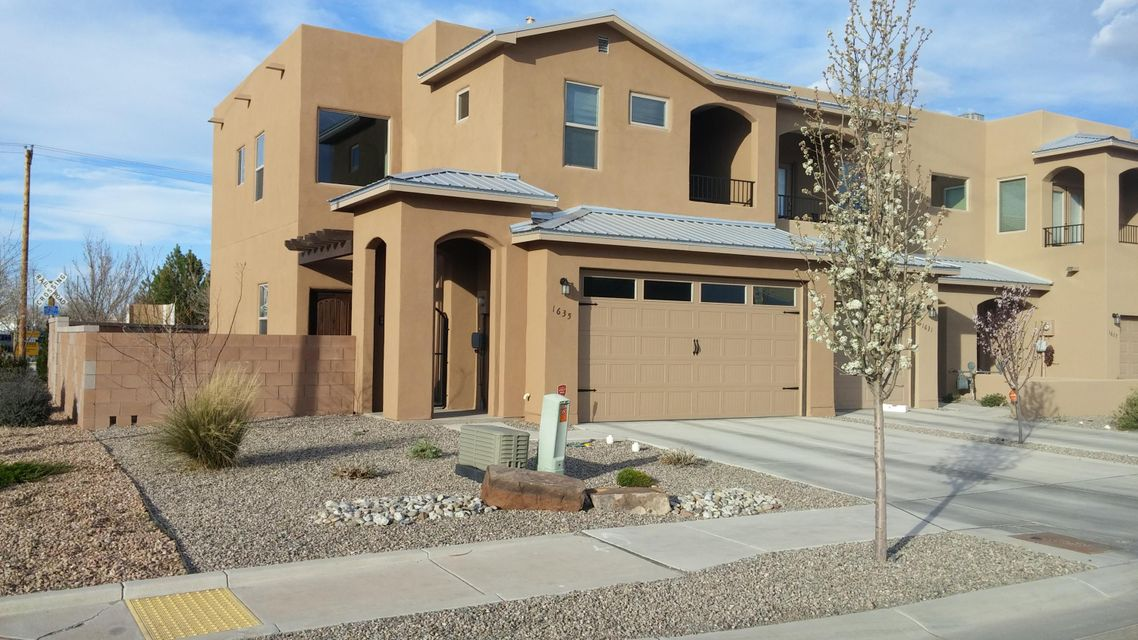 1635 Band Saw Drive NW, Albuquerque, NM 87104