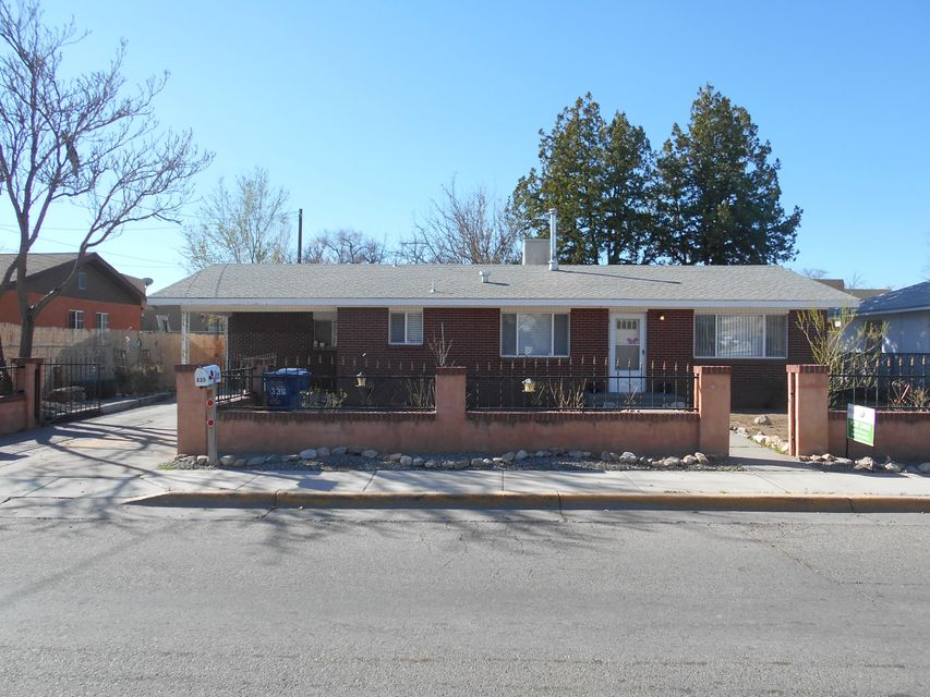 635 Coronado Street NE, Los Lunas, NM 87031