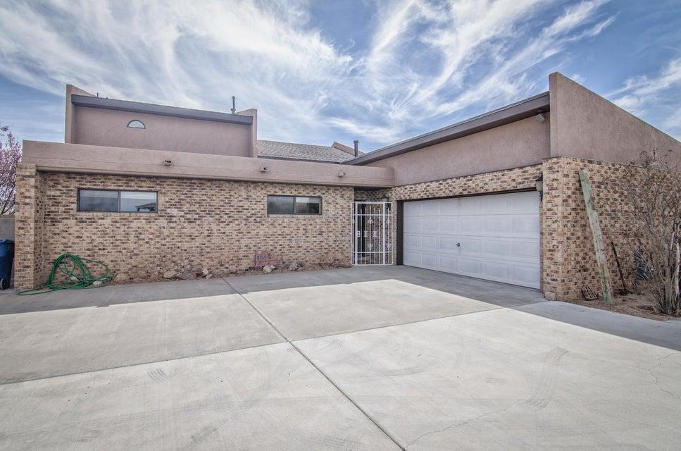 1821 Valley View Drive SW, Los Lunas, NM 87031