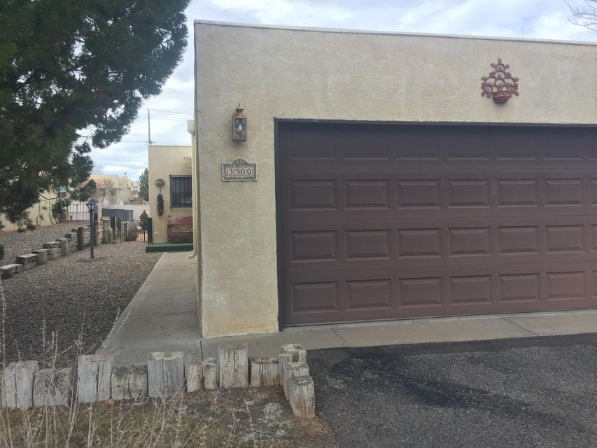 3300 St Andrews Drive SE, Rio Rancho, NM 87124