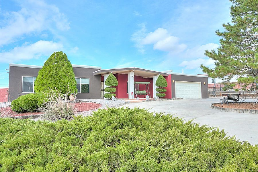 207 Trimble Boulevard NE, Albuquerque, NM 87123
