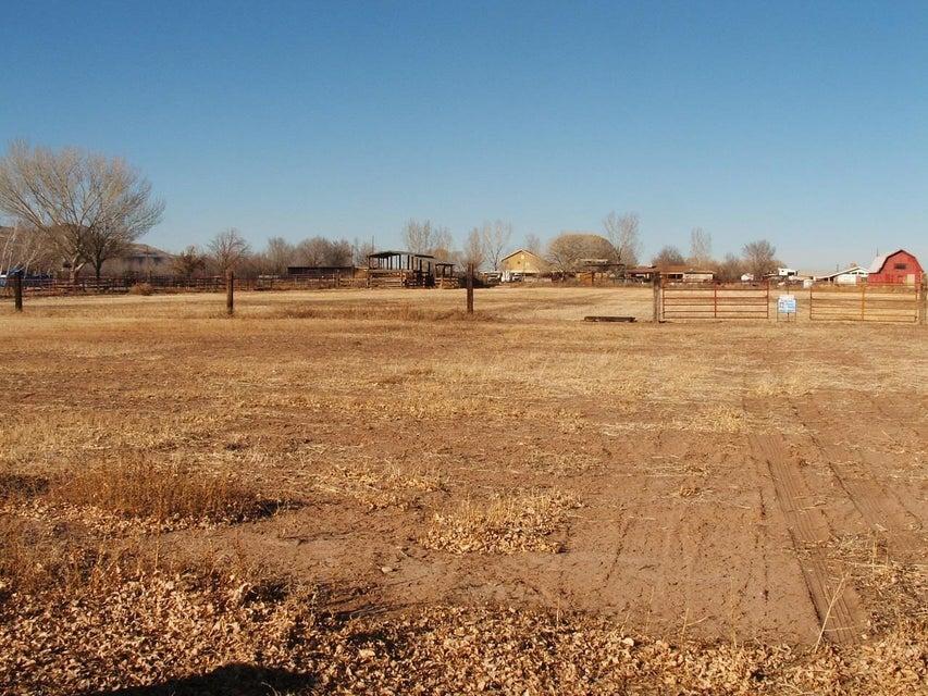 Curfman Road SW, Los Lunas, NM 87031