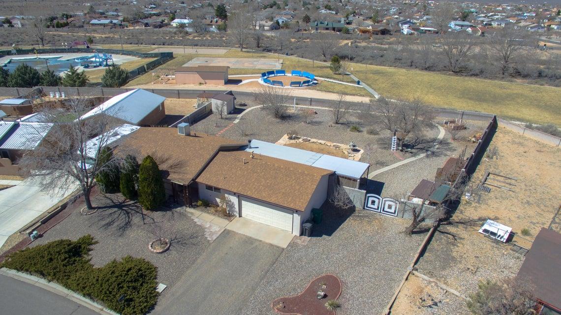878 Orinoco Drive SE, Rio Rancho, NM 87124