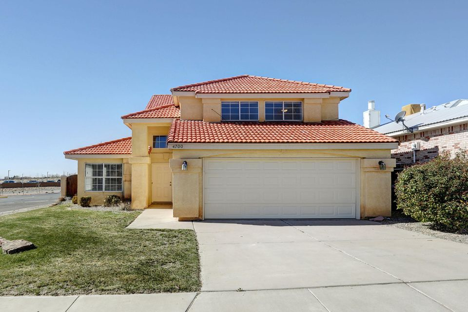 4700 Wildfire Road NW, Albuquerque, NM 87114