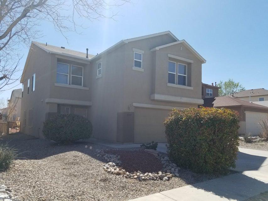 8800 Sawgrass Place NW, Albuquerque, NM 87121