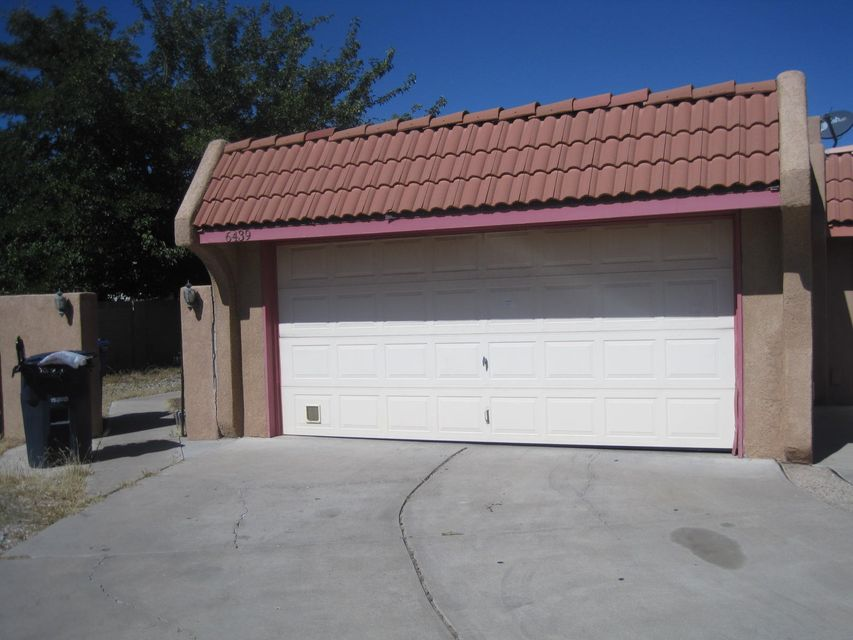 6439 Dona Linda Place NW, Albuquerque, NM 87120