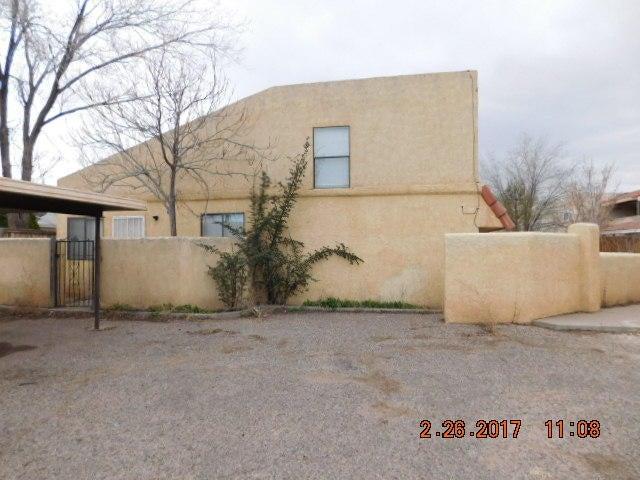 114 Sandia Road NW, Albuquerque, NM 87107