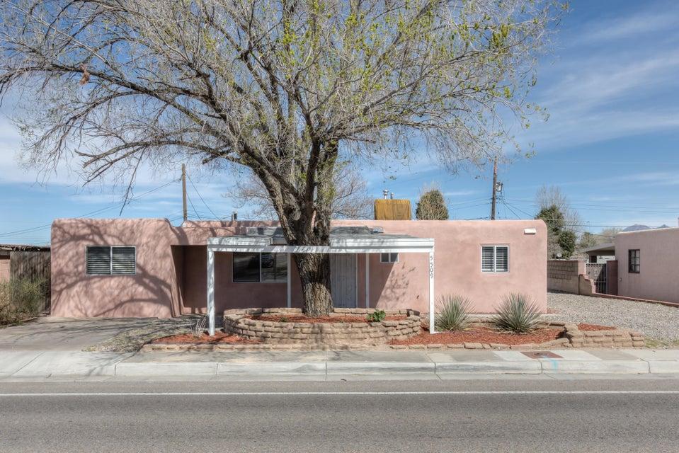 5509 Indian School Road NE, Albuquerque, NM 87110