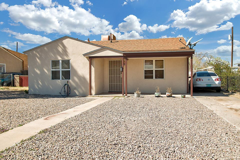 1819 Palomas Drive NE, Albuquerque, NM 87110