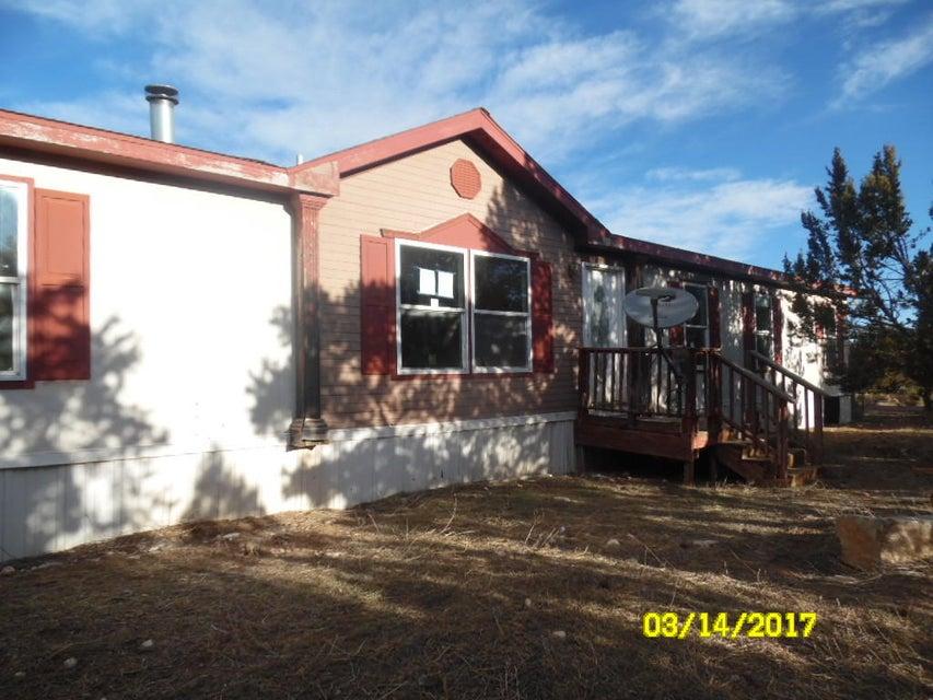 48 Lucas Road, Edgewood, NM 87015