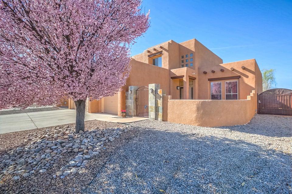 7401 Via Desierto NE, Albuquerque, NM 87113